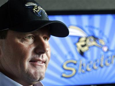 Clemens on pitching again, Hall of Fame odds
