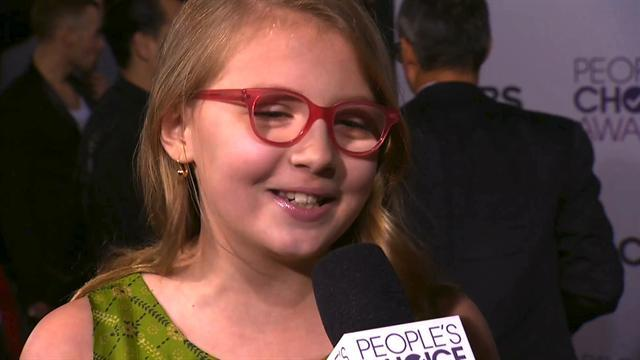 39th Annual People's Choice Awards - Red Carpet Interview: Bebe Wood