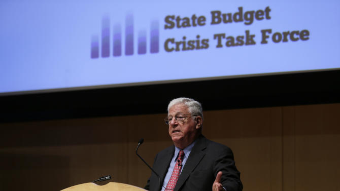 Former Federal Reserve Bank Chairman, Paul Volcker, speaks during a meeting of the State Budget Crisis Task Force at the National Constitution Center, Tuesday, June 25, 2013, in Philadelphia. The event is designed to bring attention to the eroding financial condition of state governments. (AP Photo/Matt Rourke)