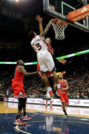 Horford lifts Hawks to 92-75 win over Bulls