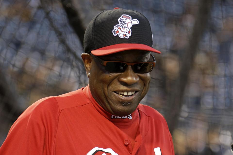 Cincinnati Reds manager Dusty Baker watches batting practice before the National League wild-card playoff baseball game against the Pittsburgh Pirates in Pittsburgh, Tuesday, Oct. 1, 2013. (AP Photo/Gene J. Puskar)