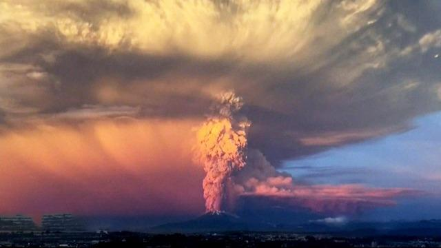 Chilean volcano erupts twice within 24 hours