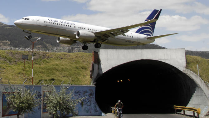 Quito's nerve-testing urban airport shuttered