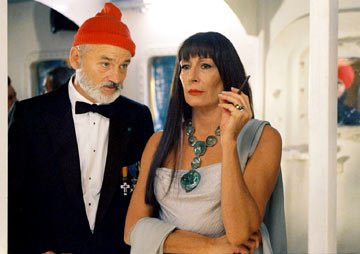 Bill Murray and Anjelica Huston in Touchstone Pictures' The Life Aquatic with Steve Zissou