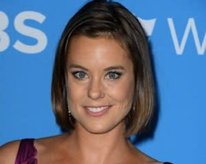 Pilot Scoop: Ashley Williams Cast as Kelly Preston's Sister in ABC's Keep Calm