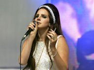 Lana Del Rey Leaves Fans Feeling Frustrated