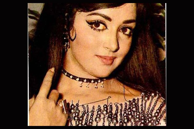 Rare photos of Bollywood's Dream Girl
