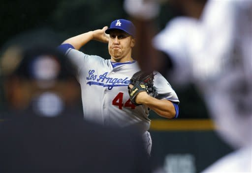 Harang tosses 6 strong innings for Dodgers