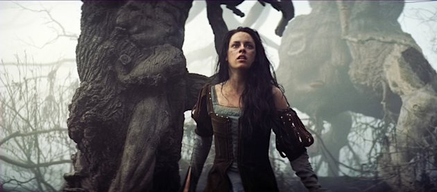Snow White and the Huntsman Stills
