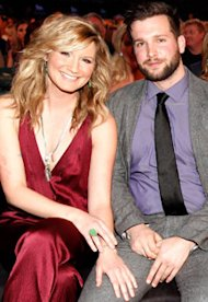 Jennifer Nettles, Justin Miller | Photo Credits: Christopher Polk/ACMA2011/Getty Images