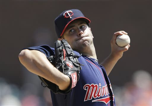 Twins snap Detroit's streak with 6-2 victory