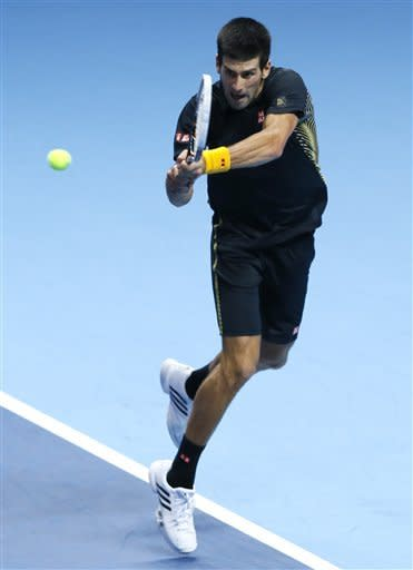 Andy Murray wins opening match at ATP finals