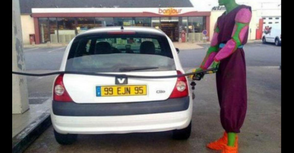 23 WTFunny Gas Station Moments