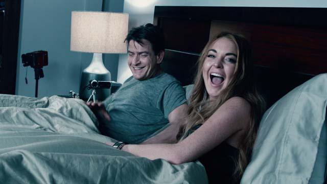'Scary Movie 5' Out Take: Sheen and Lohan