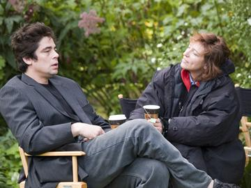 Benicio Del Toro and director Susanne Bier on the set of DreamWorks Pictures' Things We Lost in the Fire