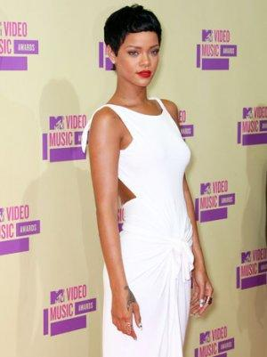 Grammys 2013: Rihanna, Sting and Bruno Mars to Perform Together