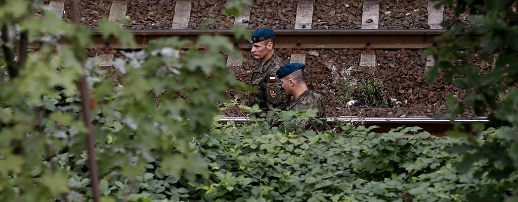 Soldiers begin inspecting Nazi 'gold train' site