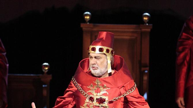 """This Saturday, Sept. 8, 2012 photo provided by the Los Angeles Opera shows Placido Domingo as Francesco Foscari in a scene from Verdi's """"The Two Foscari,"""" at the Dorothy Chandler Pavillion in Los Angeles. (AP Photo/Los Angeles Opera, Robert Millard)"""
