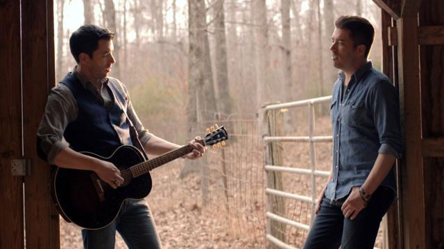 EXCLUSIVE: See 'Property Brothers' Drew and Jonathan Scott in First-Ever Music Video
