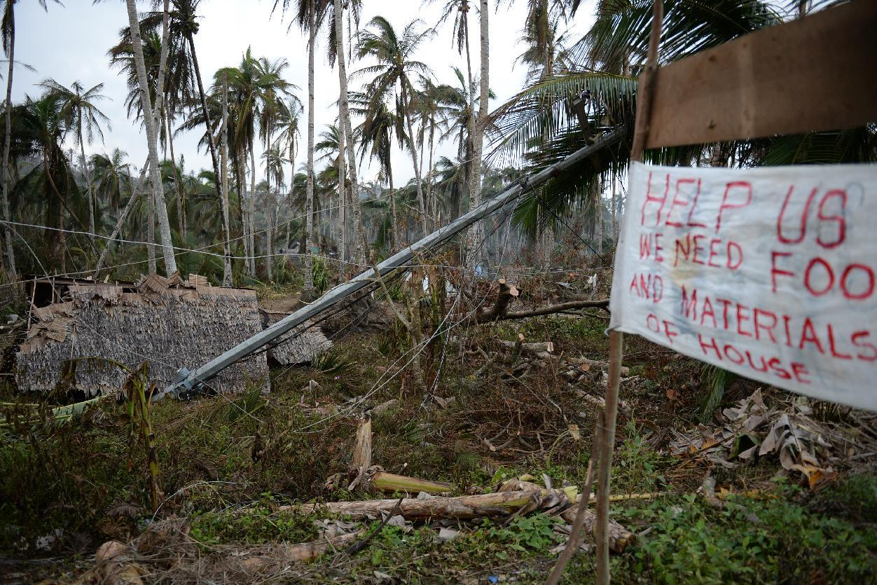 Lives of danger, poverty on Philippines' typhoon coast