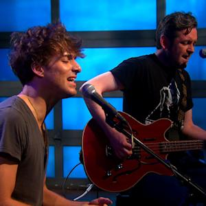 "Paolo Nutini performs ""Pencil Full of Lead"" on Saturday Sessions"