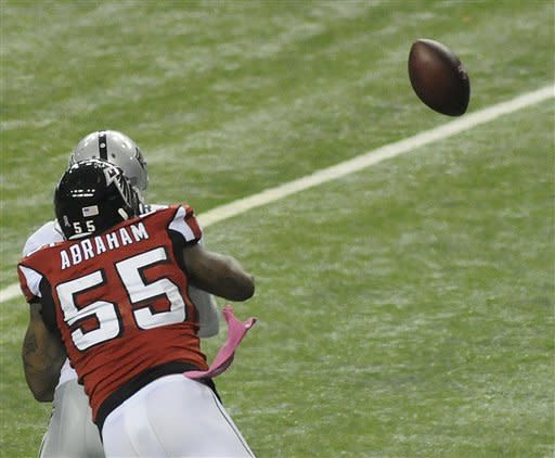 Bryant's kick pushes Falcons past Raiders 23-20