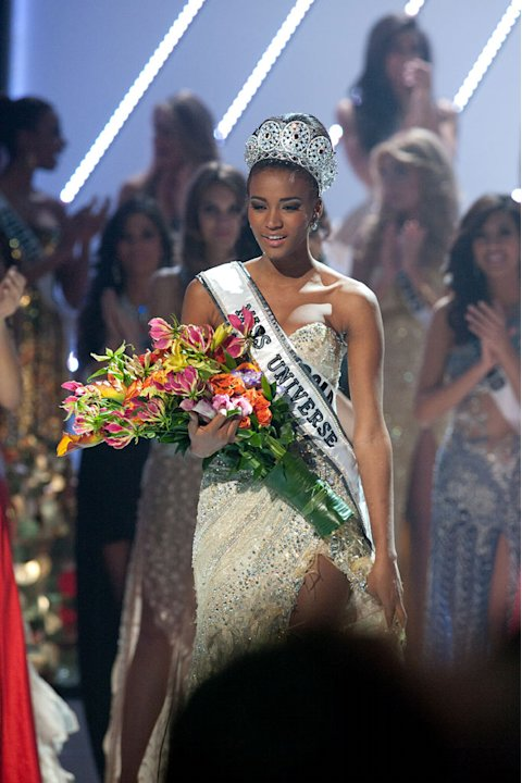"Miss Angola 2011, Leila Lopes is crowned the winner of the 2011 Miss Universe® Competition during the ""60th Annual Miss Universe"" pageant from São Paulo, Brazil."