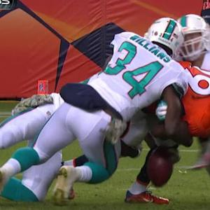 Miami Dolphins force fumble on punt return
