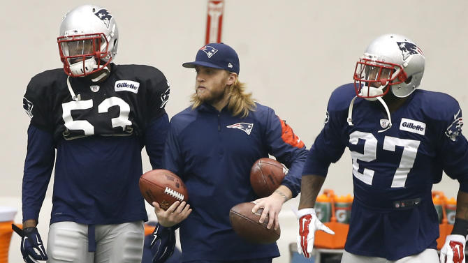 Carroll, Belichick both have sons on Super Bowl staffs