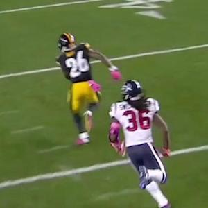 Pittsburgh Steelers running back Le'Veon Bell picks up 43 yards