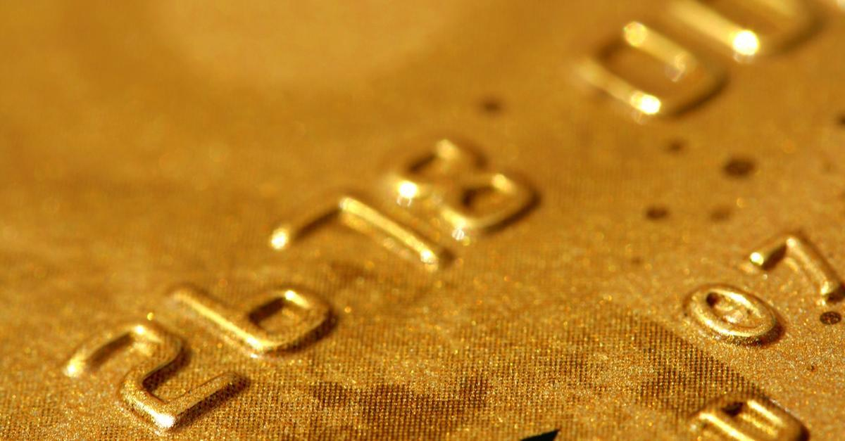 Lock In One of 2015's Best Credit Card Offers