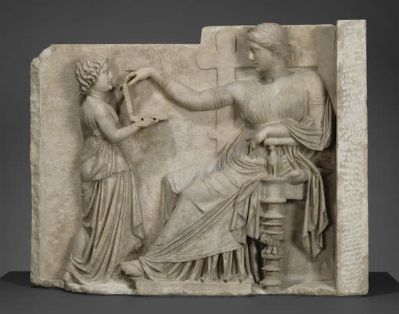 Seriously? That Ancient Greek Statue Does Not Depict a Laptop