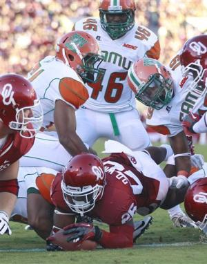 Williams, No. 5 Sooners run over Florida A&M 69-13