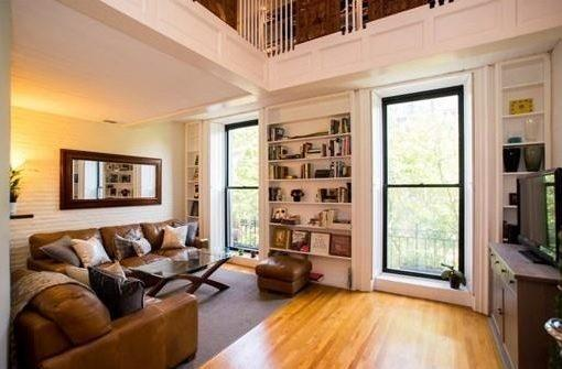 Beacon Street 1-BR Closes After 36 Hours on the Market