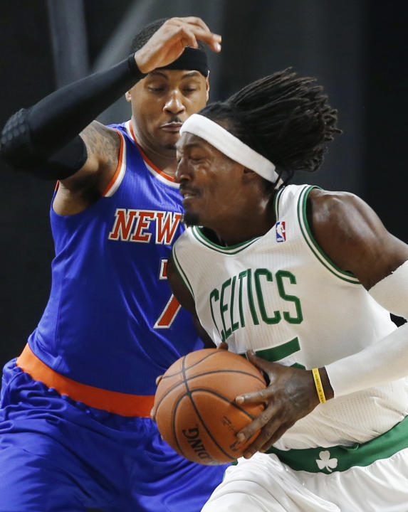 Knicks beats Celtics 103-102 in preseason