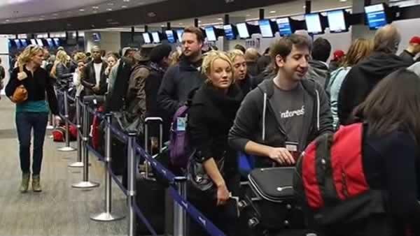 Rain soaks Bay Area, causes flight delays