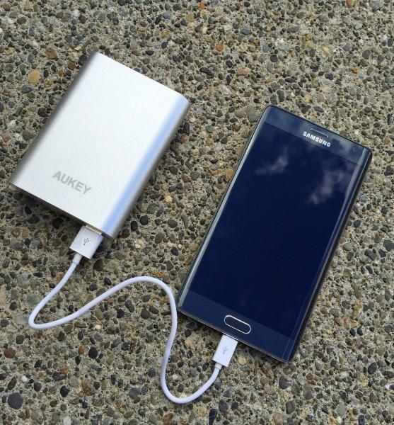 Aukey Quick Charge 2.0 wall and portable chargers top off your new phones quickly