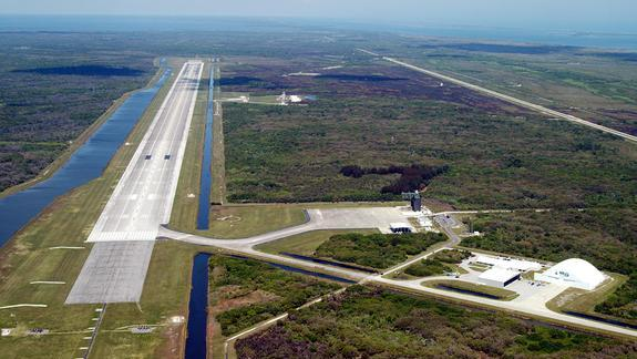 NASA Space Shuttle Runway Gets New Life as Commercial Spaceport