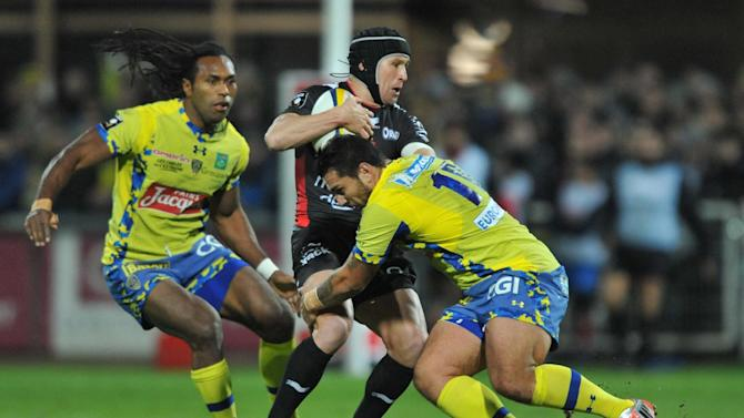 Rugby Union - Toulon bounce back to crush Clermont
