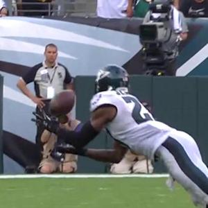 Philadelphia Eagles safety Malcolm Jenkins picks off Washington Redskins quarterback Kirk Cousins