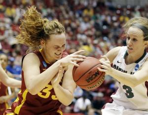 Green Bay rolls past Iowa State 71-57 in NCAAs