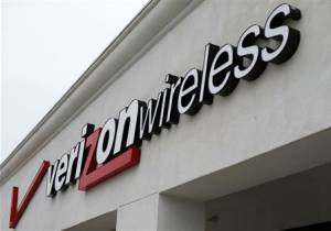 File photo shows a Verizon Wireless store in Del Mar, California