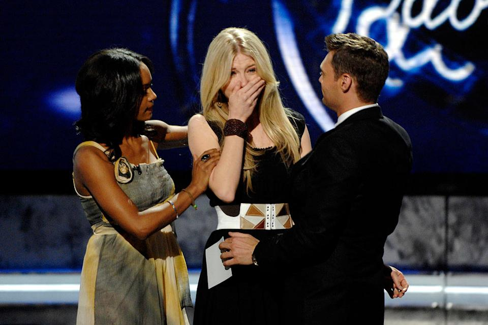 Brooke White is eliminated from the 7th season of American Idol.