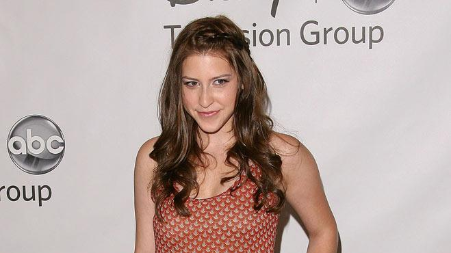 "Eden Sher of ""The Middle"" attends the Disney ABC Televison Group's 'TCA 2001 Summer Press Tour' at the Beverly Hilton Hotel on August 7, 2011 in Beverly Hills, California."