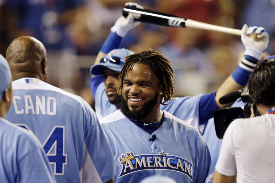 American League's Prince Fielder, of the Detroit Tigers, smiles after competing in the final round of the MLB All-Star baseball Home Run Derby, Monday, July 9, 2012, in Kansas City, Mo. (AP Photo/Charlie Riedel)