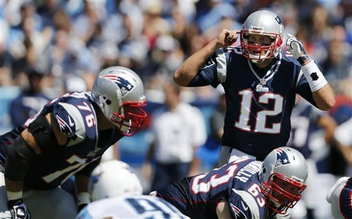 Patriots open season with 34-13 rout of Titans