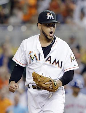 Alvarez pitches 6-hitter, Marlins beat Mets 3-0