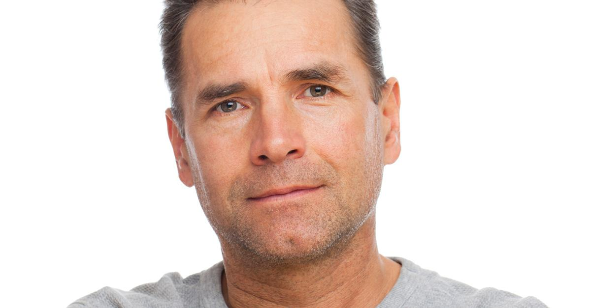 Men: How to Visibly Diminish The Look Of Aging