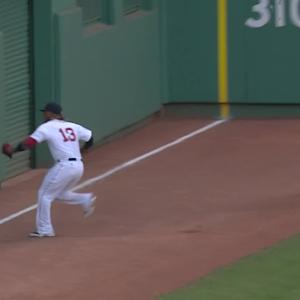 Hanley exits with injury