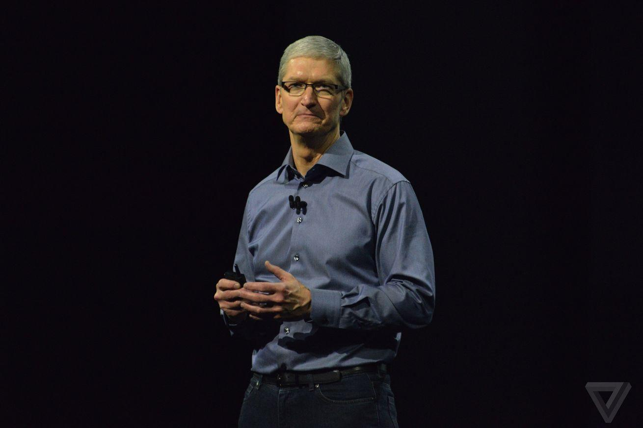 Apple leaders remember an 'unselfish' Steve Jobs after criticizing movie portrayals